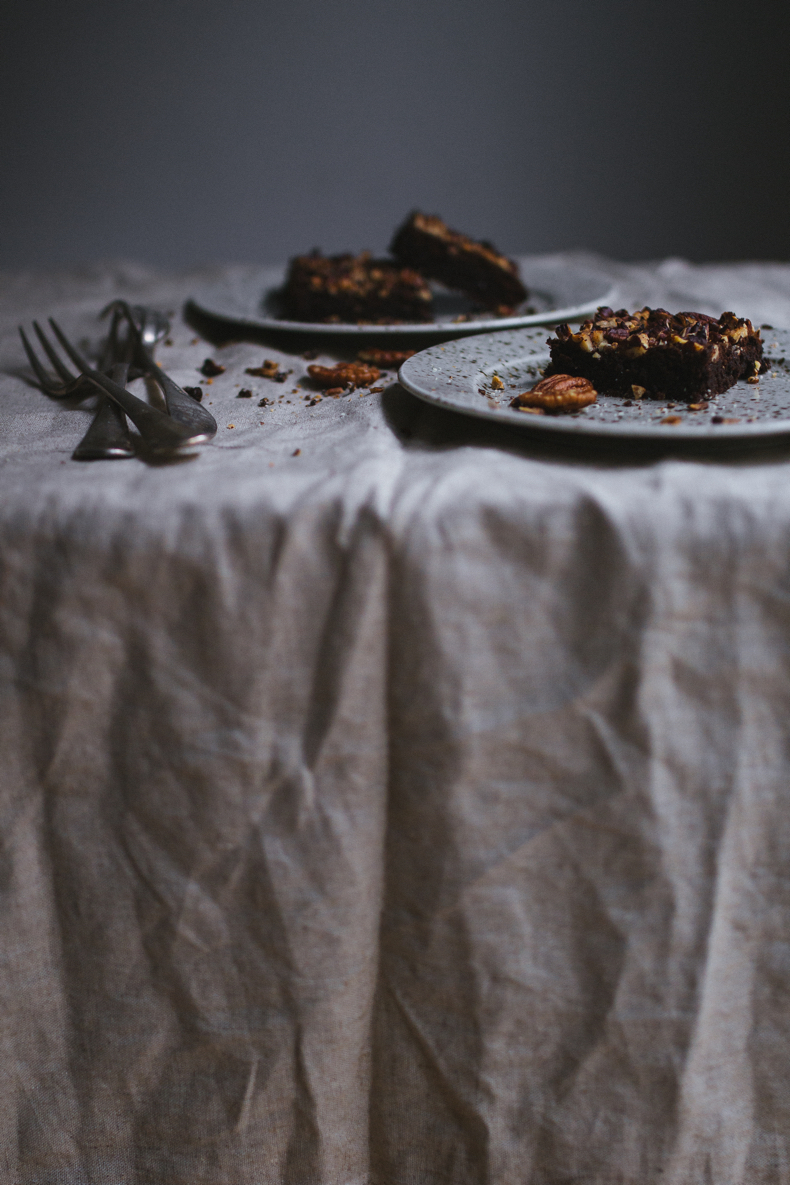 Chocolate&Pecan Brownies (recipe and photograpy by Tanya Balyanitsa (more on Honeytanie.com)